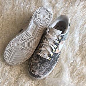 NWT Nike Air Force 1 LXX Marble NWT